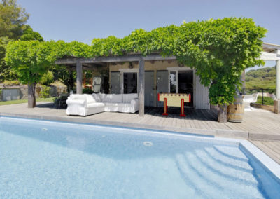 luxury villa Cote d'Azur pool 2