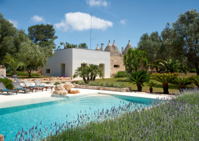 trulli-puglia-with-pool-4