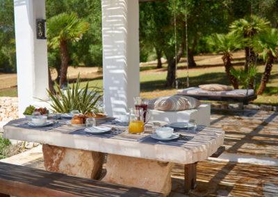 Trulli in Puglia al freco dining