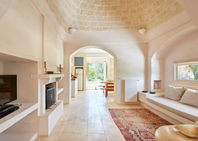 Trullo in Puglia living space 3