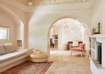 Trullo in Puglia living space 2