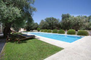 Modern masseria pool