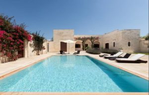 Beautiful villa with pool in Puglia